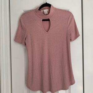 Gaze Blush T-shirt with Cutout